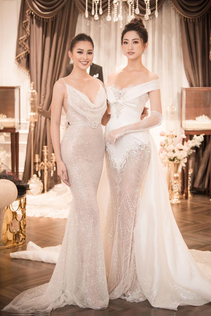 <p> Trần Tiểu Vy không catwalk, góp mặt làm khách mời để ủng hộ cô bạn hoa hậu bằng tuổi.</p>