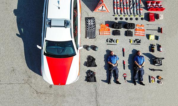 Bức hình của sở cảnh sát Zurich.