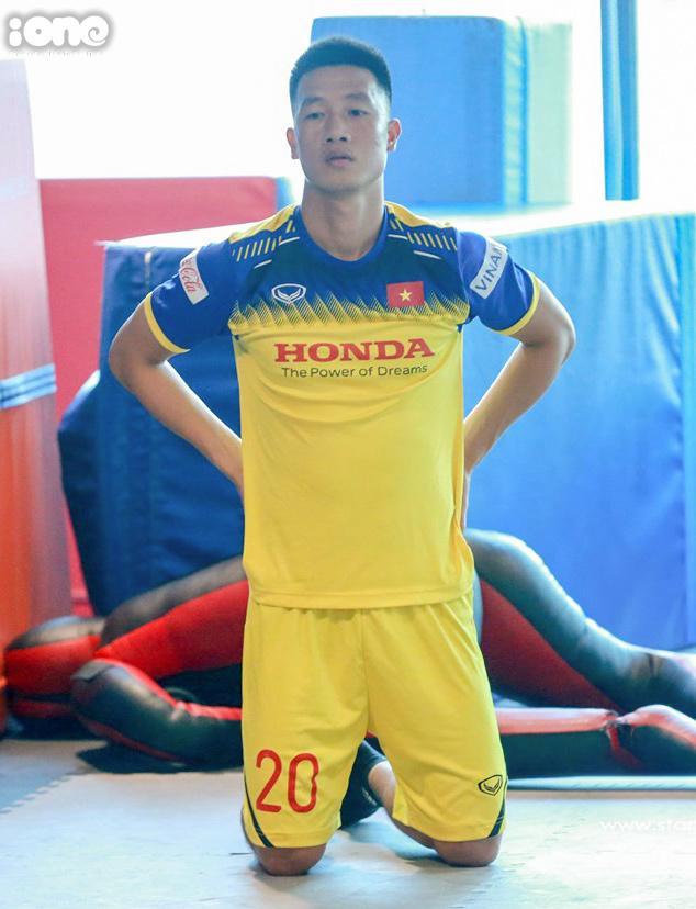 <p> Theo kế hoạch, đội tuyển Việt Nam sẽ tập luyện tại sân Trung tâm đào tạo bóng đá trẻ Việt Nam bắt đầu từ ngày 23/9. Ngày 10/10, đội tuyển Việt Nam sẽ thi đấu với Malaysia tại SVĐ Mỹ Đình. Sau đó, họ sẽ di chuyển sang Indonesia để thi đấu trận kế tiếp vào ngày 15/10.</p>