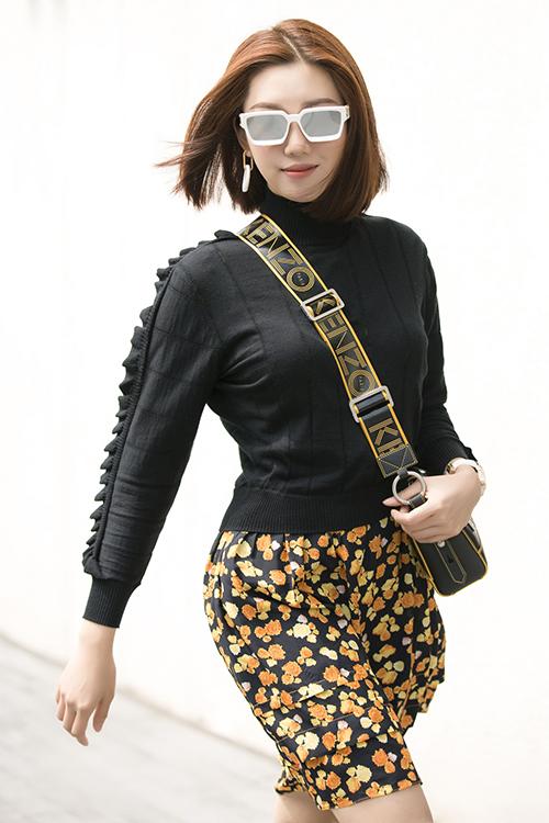 Nữ diễn viên luôn cố gắng thử nghiệm nhiều phong cách thời trang khác nhau để mang đến hình ảnh mới mẻ, đa dạng khi xuất hiện trước công chúng.