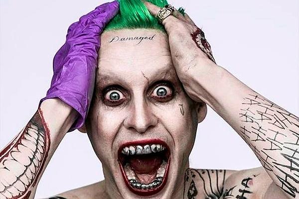 Joker của Vũ trụ điện ảnh DC do Jared Leto đảm nhận.
