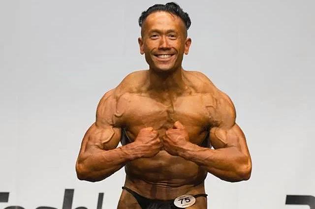 Lê Văn Thanh sau đó trở thành vận động viên thể hình và nay là huấn luyện viên. Ảnh: Dailystar.