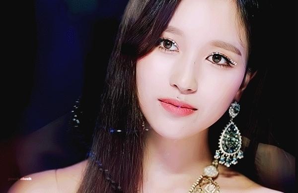 Mina.