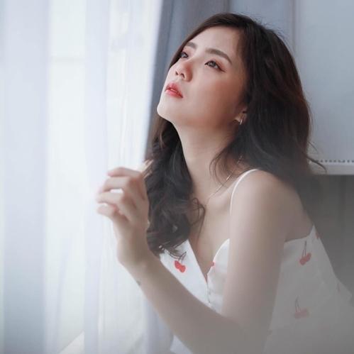 Lâm Á Hân mạnh mẽ sau ly hôn.