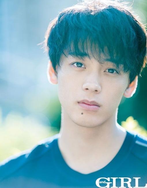 Netizen bất ngờ khi một trai đẹp như Ryoma lại dũng cảm thừa nhận lọt hố nhan sắc một chàng trai khác.