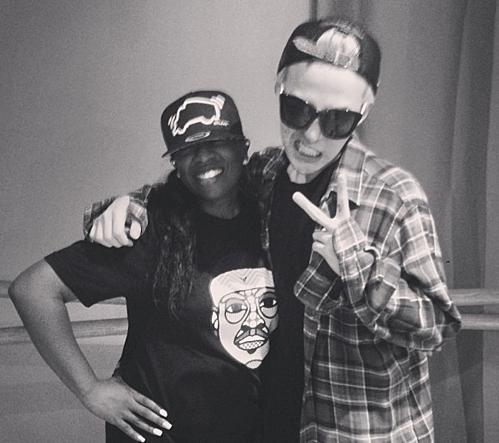 G-Dragon từng hợp tác vớiMissy Elliott trong ca khúc Nilria.
