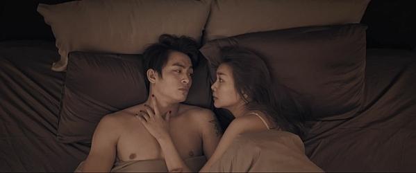 Cảnh nóng giữa Lãnh Thanh và Thanh Hằng trong phim.