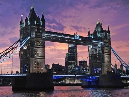 Kể tên các địa điểm nổi tiếng của nước Anh