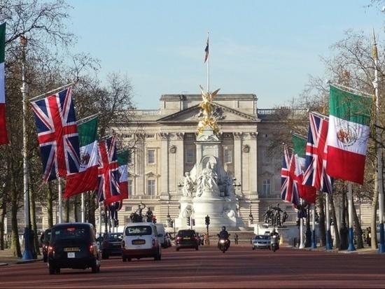 Kể tên các địa điểm nổi tiếng của nước Anh - 1