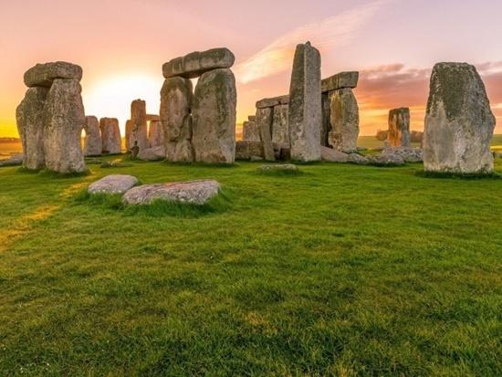 Kể tên các địa điểm nổi tiếng của nước Anh - 2