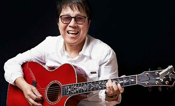 Cho Yong Pil được xem là một trong những nhân vật có tầm ảnh hưởng nhất trong ngành âm nhạc Hàn Quốc. Ông ra mắt năm 1968, được ca ngợi là báu vật quốc gia, vua nhạc Pop Hàn Quốc vì những đóng góp to lớn cho nền âm nhạc nước nhà. Ở tuổi 69, Cho Yong Pil vẫn chăm chỉ làm việc. Sự nghiệp âm nhạc kéo dài cả nửa thế kỷ của ông là tấm gương và nguồn cảm hứng cho nhiều thế hệ ca sĩ trẻ xứ Hàn.
