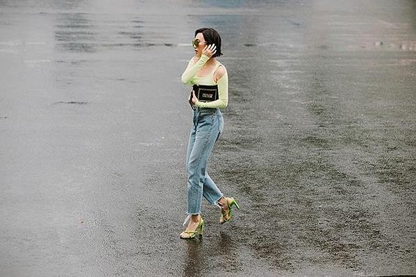Diệu Nhi và Ngọc Trinh có chung stylist nên việc tương đồng trong phong cách là điều dễ hiểu.