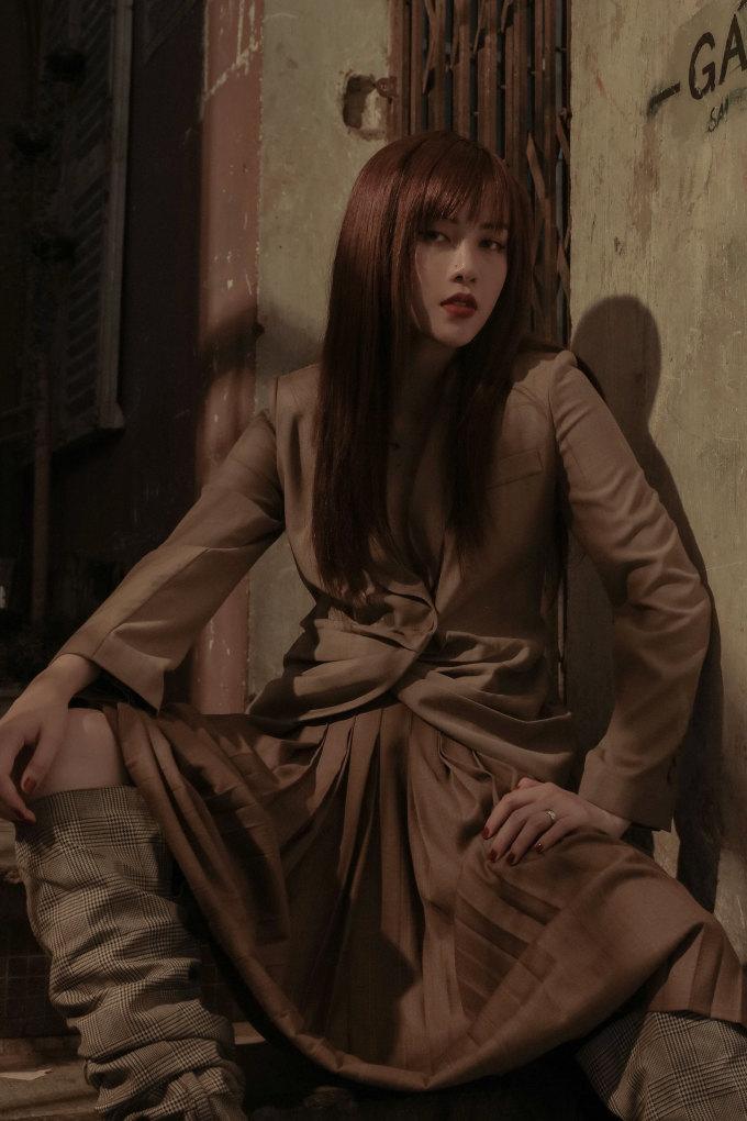 <p> Photo: Nguyễn Du, Stylist: Kelbin Lei, Make up & Hair: Hiwon.</p>