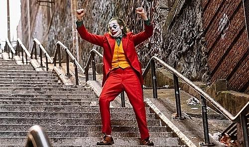 Điệu nhảy điên loạn của Joker trong phim.