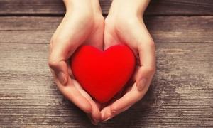 Tarot: Bạn có thể nắm giữ được trái tim của người ấy mãi mãi?