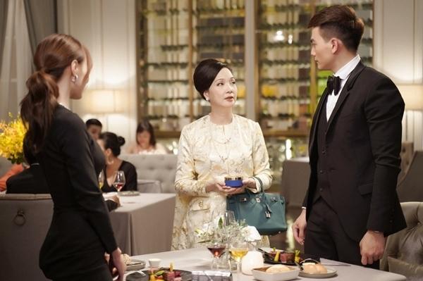 NSND Lê Khanh cùng Lan Ngọc, Lê Xuân Tiền trong phim.