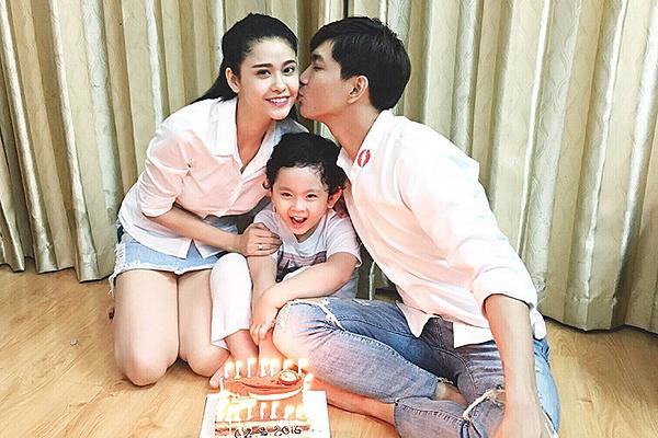 Trương Quỳnh Anh và Tim ở chung nhà sau ly hônvì con.