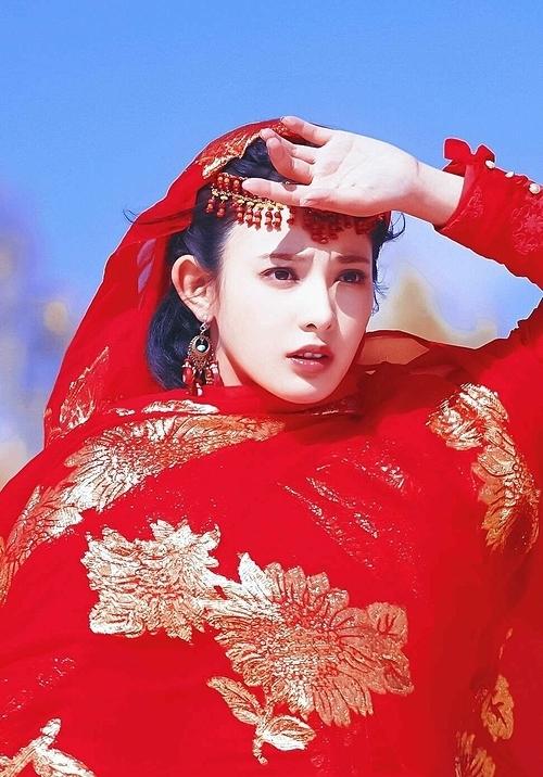 Bành Tiểu Nhiễm nổi tiếng nhờ vai Tiểu Phong trong Đông Cung.