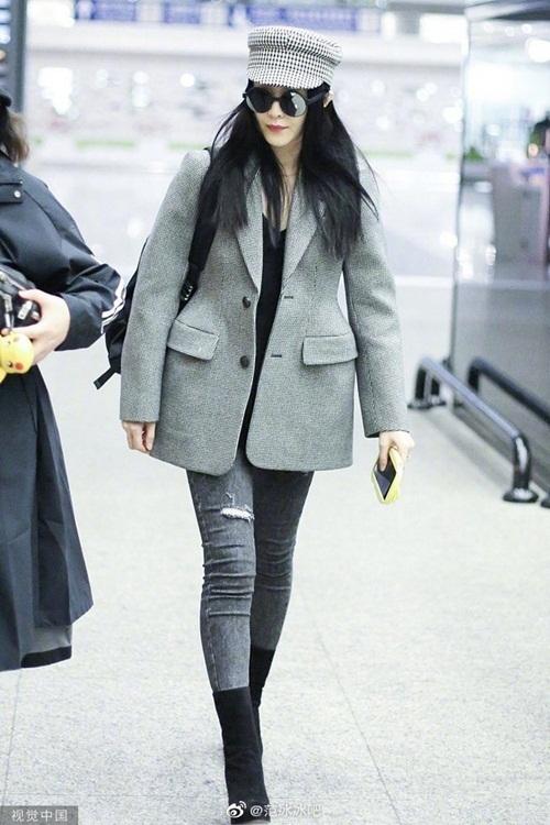 Nữ diễn viên mới đây xuất hiện ở sân bay New York, chứng tỏ bản thân không còn bị cấm xuất cảnh.