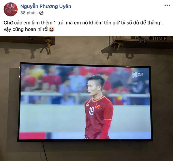 Nhạc sĩ Phương Uyên cũng không giấu được