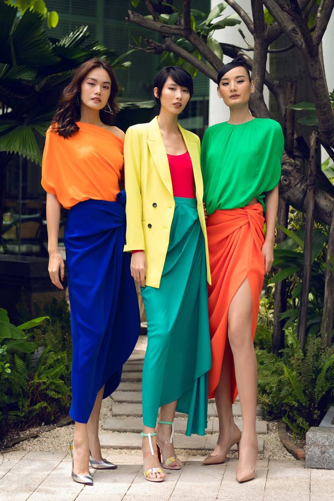 <p> Thanh Thảo - Hằng Nguyễn và Lê Thúy là bộ ba thân thiết trong giới chân dài.</p>