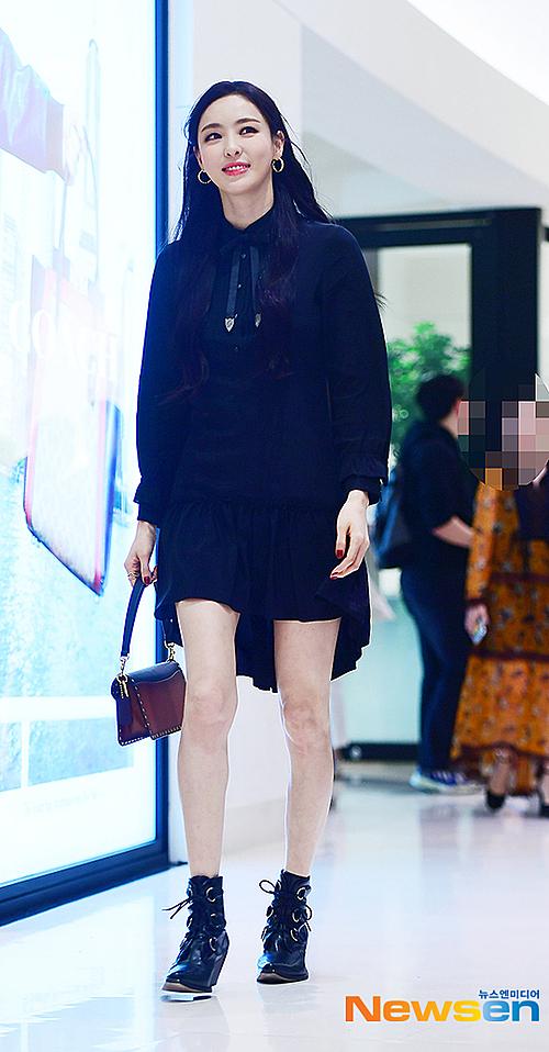 Tzuyu khoe visual nữ thần mùa thu, đọ sắc cùng Lee Da Hee - 4