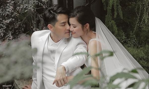 Đông Nhi - Ông Cao Thắng ngọt ngào trong bộ ảnh cưới.