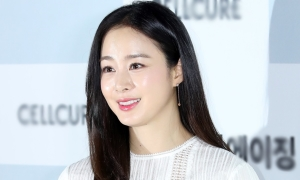 Kim Tae Hee dự định tái xuất màn ảnh nhỏ sau khi sinh con