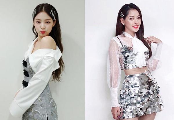 Ngoại hình, cách làm đẹp của cả hai cũng có nhiều điểm tương đồng, đặc biệt là gương mặt vừa ngọt ngào vừa sexy và kiểu tóc suôn thẳng đặc trưng.