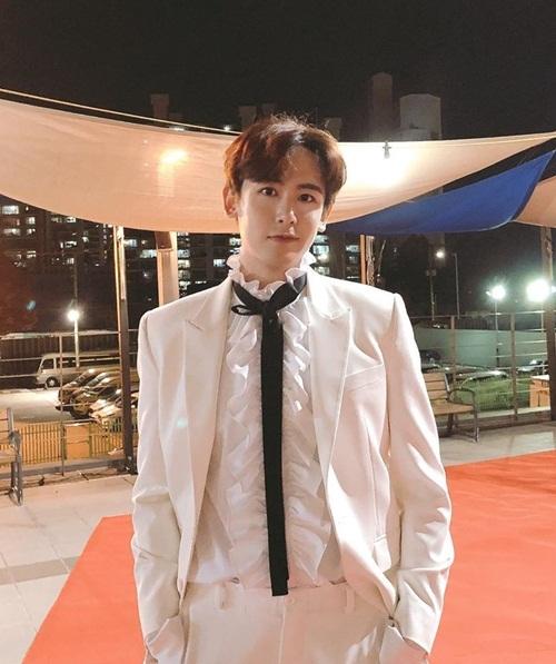 Nich Khun (2PM)