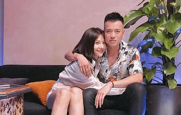 Lưu Đê Ly và Huy DX.