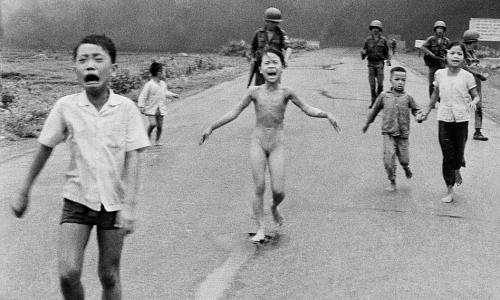 'Em bé Napalm' đứng đầu bình chọn Bức ảnh có ảnh hưởng nhất 50 năm qua'