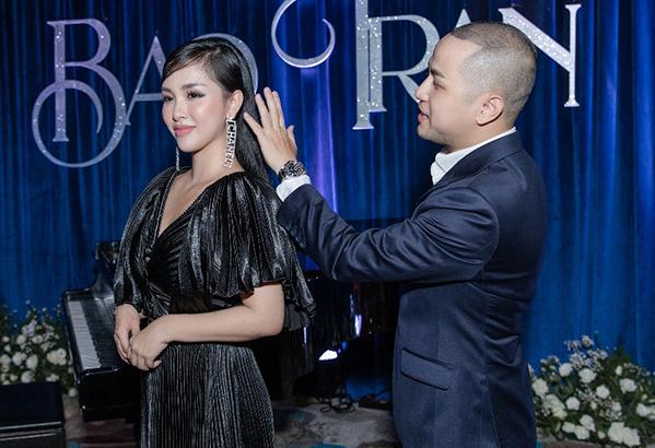 Đối mặt với câu hỏi liệu có sự cạnh tranh nào giữa chị dâu -em chồng không,Bảo Thy thẳng thắn rằng mối quan hệ của mình và chị dâu Trang Pilla vô cùng tốt đẹp.