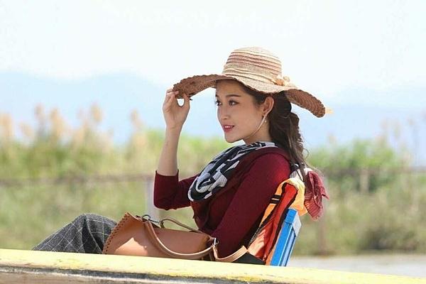 Đầu năm 2018, Huyền My tham gia một bộ phim điện ảnh tại Myanmar có tên tiếng Anh làBridge of clouds. Côđóng vai một du học sinh tên May, có mối tình đẹp với chàng trai Daniel (Nay Toe thủ vai).
