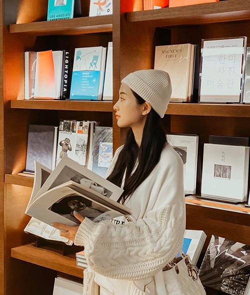 Jun Vũ đang trong chuyến du lịch Hàn Quốc.