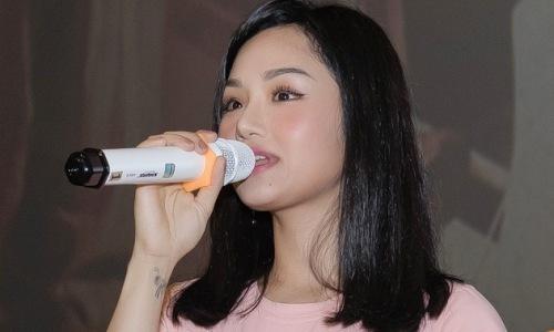 Miu Lê xin lỗi fan vì ''lười'' trong âm nhạc