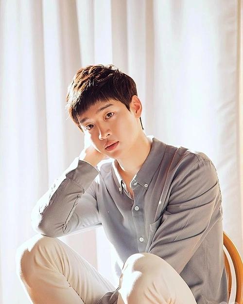 Sau đó, Jang Dong Yoon xuất hiện thêm trong nhiều tác phẩm nữa, chủ yếu là phim thuộc thể loại học đường nhưSchool 2017, A Poem A Day, Just Dance.
