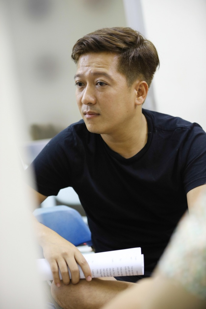 <p> Trường Giang là người viết hai kịch bản cho liveshow của đàn anh thân thiết.</p>