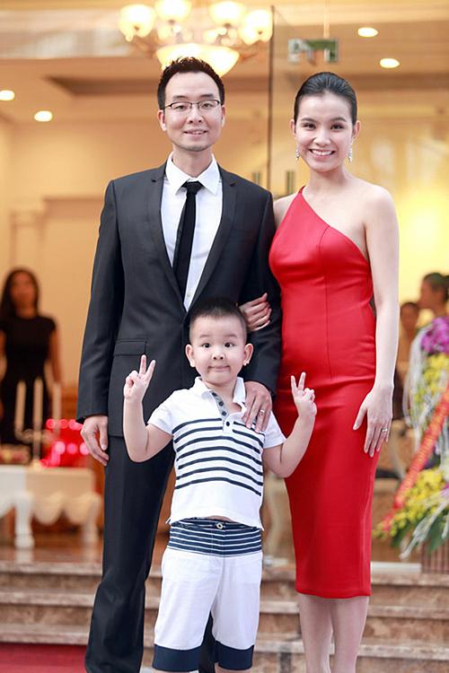 Năm 2010, Thùy Lâm kết hôn cùng bạn trai là tiến sĩ kinh tế và sinh cho chồng hai con. Cô hạn chế xuất hiện, tập trung vun vén cho gia đình. Thi thoảng, cô dự sự kiện của các nhãn hàng, đối tác thân thiết.