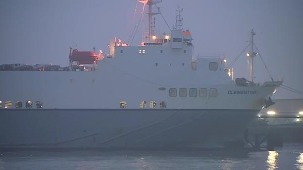 Phà Clementine thường xuyên đi lại giữa Zeebrugge, Bỉ và Purfleet, Anh. Ảnh: CNN.