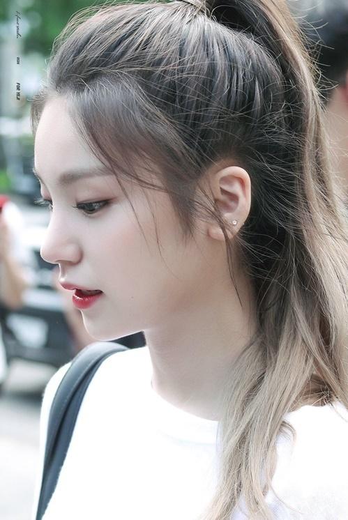 Tân binh nhà JYP gây sốt với góc nghiêng thần thánh - 6