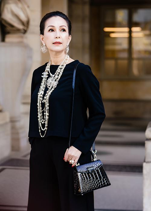 Diễm My mặc hàng hiệu dạo phố Paris - 4