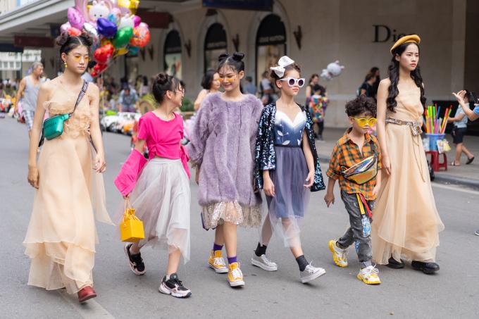 <p> BTS của Thảo Nguyễn sẽ được trình diễn vào ngày 30/10, trong khuôn khổ Vietnam International Fashion Week tại Trung tâm Hội nghị Quốc gia, Hà Nội.</p>