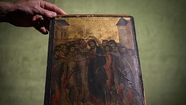 Bức tranh được phát hiện trong căn bếp của cụ bà ở Pháp. Ảnh: AFP.