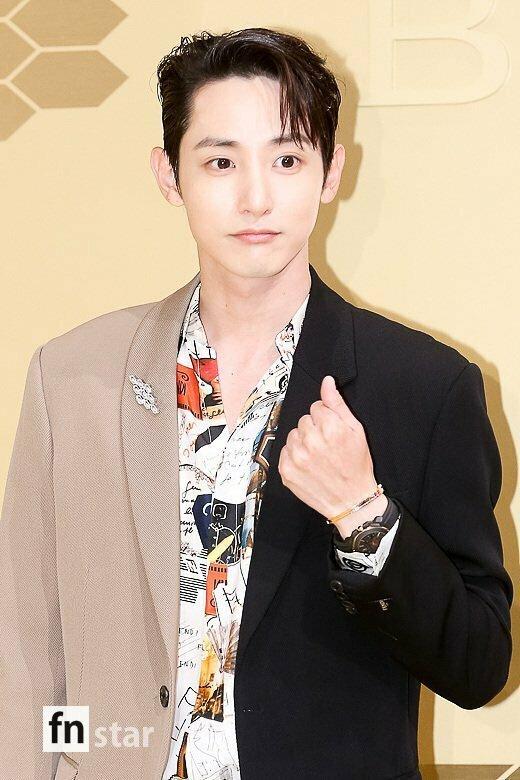 Nam diễn viên kiêm người mẫu Lee Soo Hyuk.