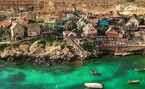 Ngôi làng nhìn từ trên cao (Ảnh: Pixabay).
