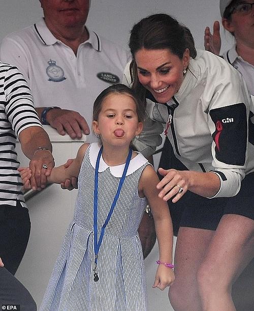 Tiết lộ về tính cách công chúa hoàng tử được chú ý nhất Hoàng gia Anh