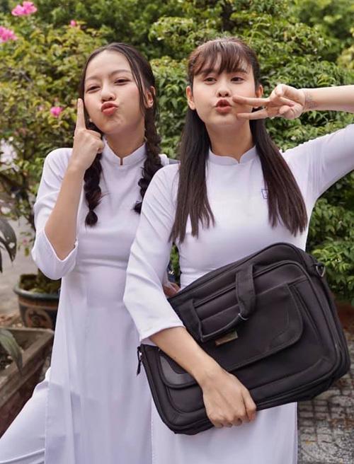 Băng Di và Trương Quỳnh Anh hóa thành hai nữ sinh nhí nhảnh trong phim truyền hình mới.