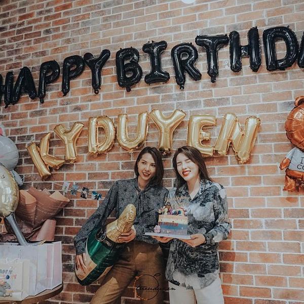 Minh Triệu tổ chức sinh nhật sớm cho Kỳ Duyên.