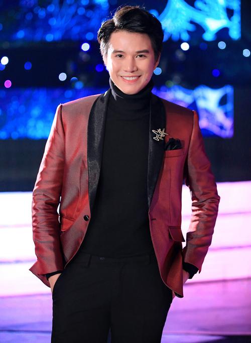 Bích Phương là ca sĩ Việt duy nhất biểu diễn ở AAA 2019 - 2